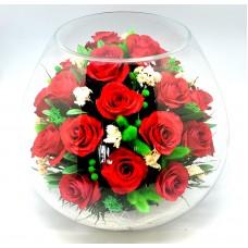 Цветы в стекле Сердце полное любви. Букет класса люкс